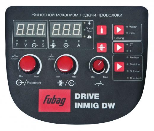 INMIG 500T DW SYN (38029) с подающим механизмом DRIVE INMIG DW (38044.0), шланг пакетом 10м (38089), горелкой FB 500 3m (38032), блоком жидкостного охлаждения Cool 70 (38035) и тележкой (38036)
